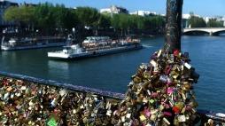 PARIS: Love lock bridge